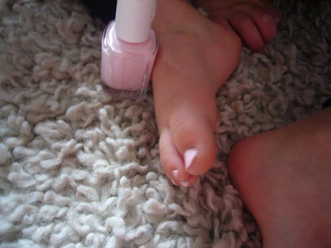 selah toenails